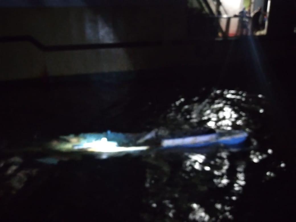 Kapal Perintis Tabrak Perahu Pemancing di Teluk Bima