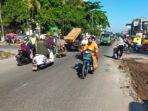 Personel Polsek Kediri Amankan Pelebaran Jalan di Kediri, Arus Lalulintas Masih Terpantau Landai