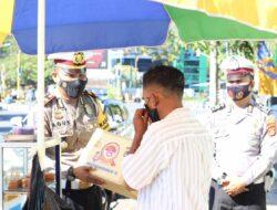 Polres Lobar Salurkan Bantuan Paket Sembako, Ringankan Beban Masyarakat Terdampak Covid-19