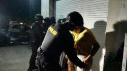 Tim Puma 8 Polres Lobar Sisir Wialayah Pada Jam Rawan, Temukan Sekelompok Pemuda Nongkrong Hingga Larut malam