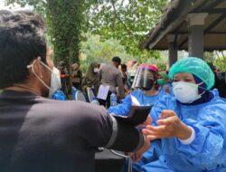 Animo Masyarakat Tinggi, TNI-Polri, dan Pemda Optimis Hasil Vaksinasi Hari ini di Lombok Barat